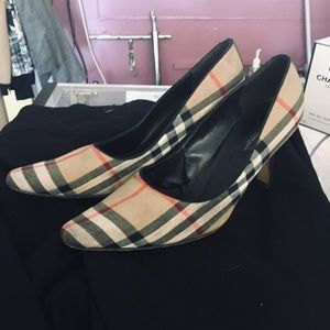 Burberry linen and Suede